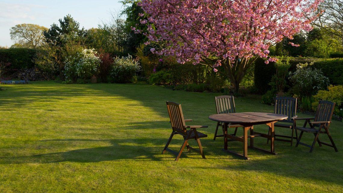 De ideale tuinmeubels voor jouw tuin